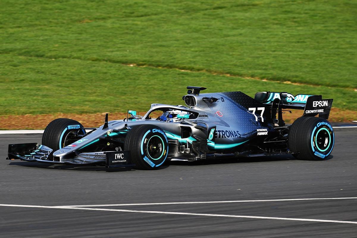メルセデスF1が新車W10 EQ Power+をシェイクダウン