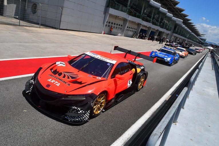 スーパーGT | スーパーGTのセパンウインターテストがスタート。13台が精力的に周回を重ねる