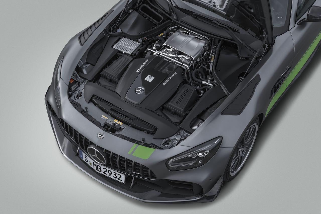 メルセデス、新型『AMG GT』と『GT R PRO』発表。待望の4ドアクーペも登場