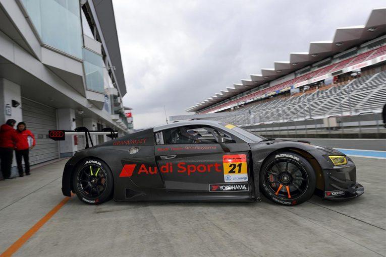 スーパーGT | 富士で2台のGT300マシンが走行。Audi Team HitotsuyamaのアウディR8 LMSエボがシェイクダウン
