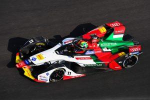 2年ぶりにメキシコシティE-Prixを制して今季初優勝を飾ったルーカス・ディ・グラッシ