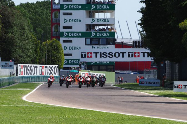 MotoGP   SBKのエンジン回転数制限が発表。カワサキ新ZX-10RRとドゥカティのパニガーレV4 Rとの差は1750回転