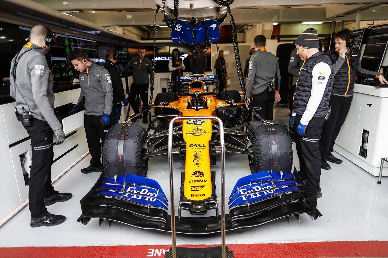 2019年第1回F1テスト マクラーレンのガレージ