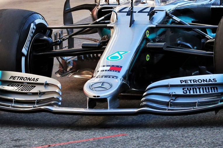 F1 | 【F1ギャラリー】第2回バルセロナテスト1日目:メルセデスが新ノーズをテスト