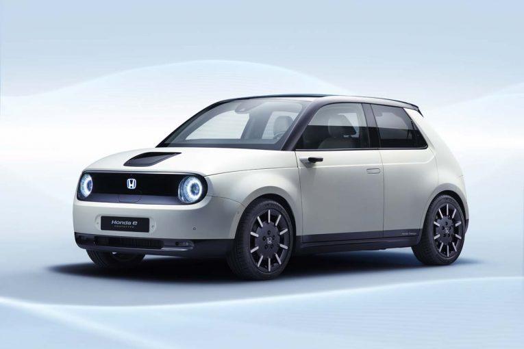 クルマ | 2019年後半に生産へ。新型EV『Honda e』プロトが3月5日開幕のジェネーブショーで世界初公開
