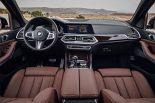 クルマ | 第4世代『BMW X5』は、AIアシスタンスや3眼カメラなどハイテク満載で登場