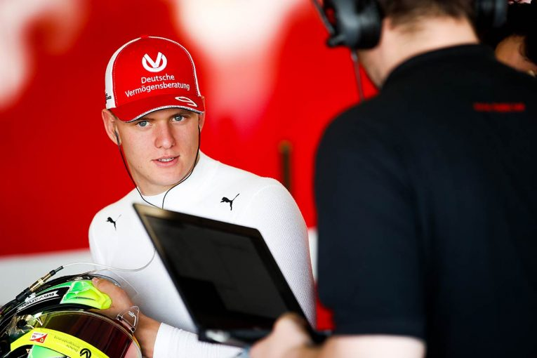 F1 | ベッテル「自力で経験を積むことがF1昇格への最善策」とミック・シューマッハーへの助言を行わず