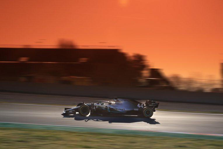 F1 | 【F1テスト2回目デイ4・タイム結果】メルセデスがついに一発の速さを披露、フェラーリに並ぶ。レッドブルに問題発生、29周で走行終了