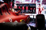 F1 | フェラーリとメルセデスの差はわずか0.003秒。跳ね馬に連日のトラブル、最終日も走行打ち切り/F1テスト2回目デイ4