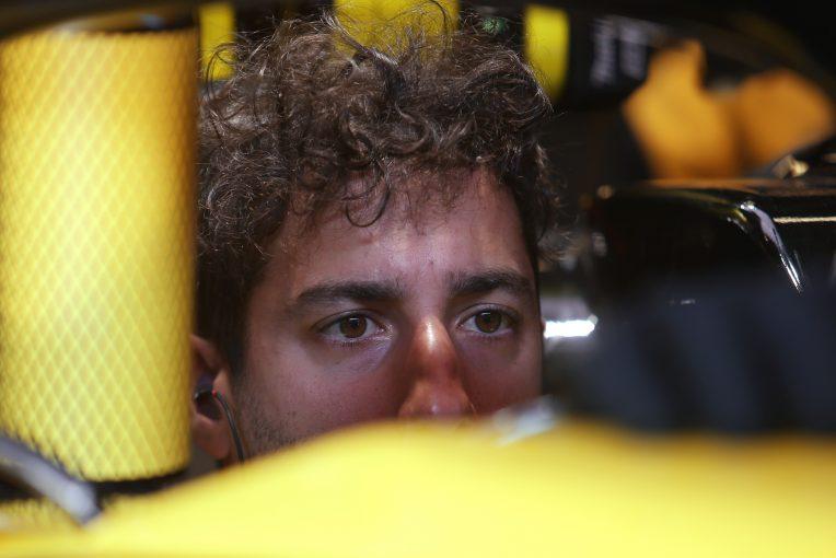F1 | リカルド、レッドブルF1離脱は「戦いからの逃げ」とするホーナーの主張に反論
