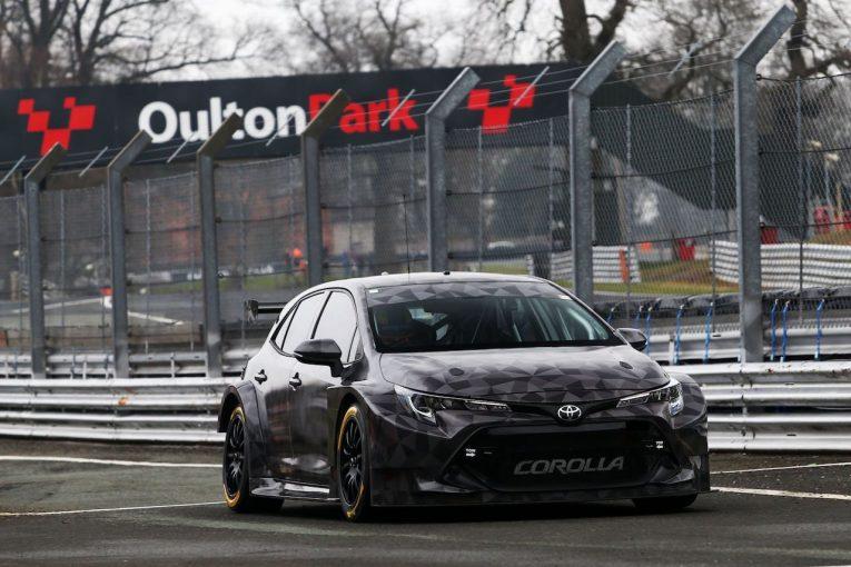 海外レース他 | 2019年のイギリス・ツーリングカーに参戦するトヨタ・カローラがシェイクダウン
