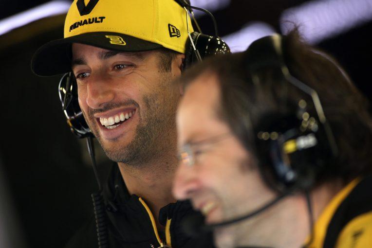 F1   ルノーF1への移籍を選択したリカルドに、アルファロメオF1代表など関係者らがコメント