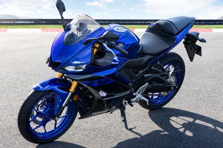 MotoGP   ヤマハ『YZF-R25』がマイナーチェンジし国内登場。外観はMotoGPマシンをイメージした新デザインに