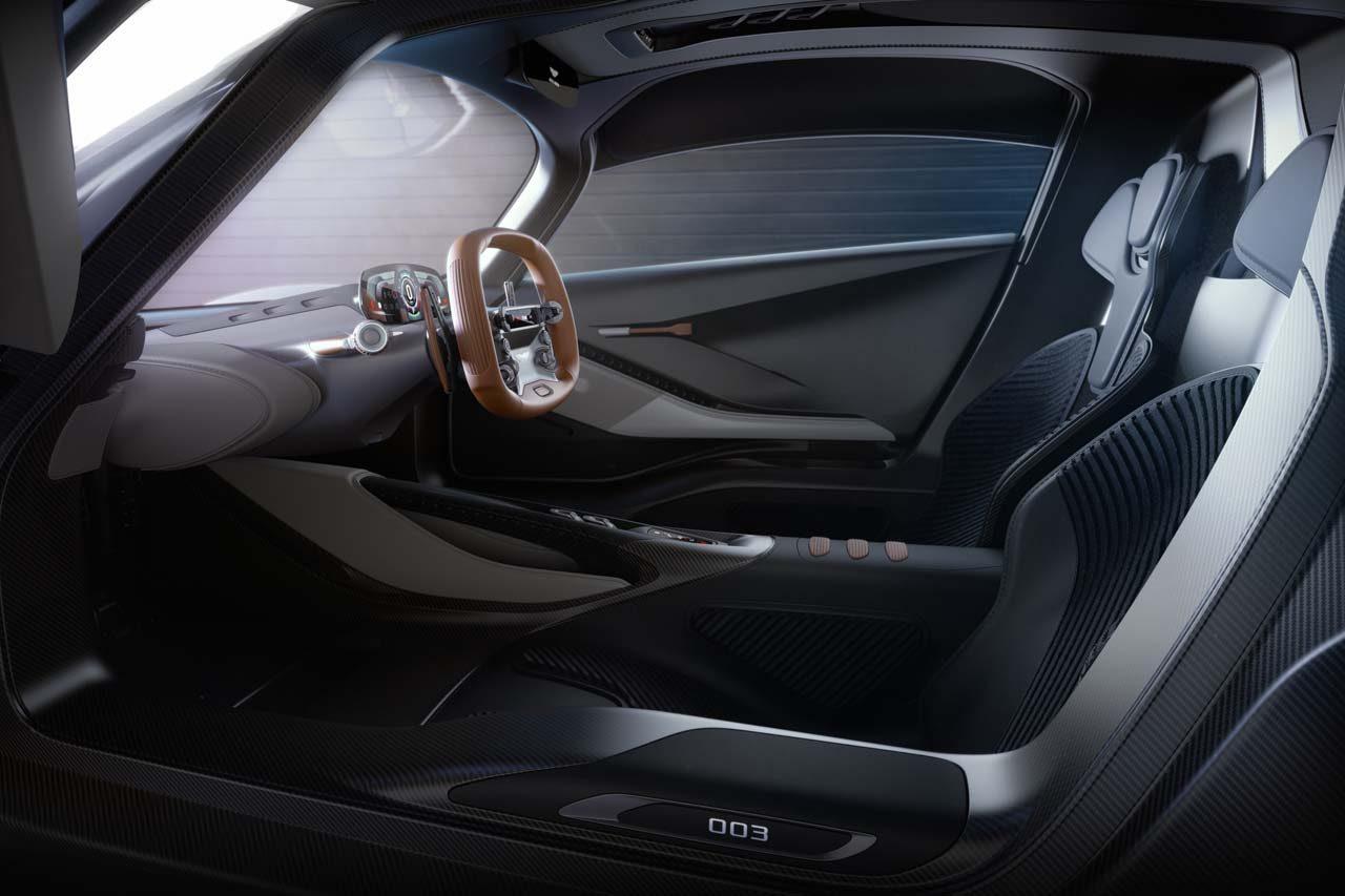 アストンマーティン、V6ターボハイブリッド搭載のハイパーカー第3弾『AM-RB 003』を世界初公開