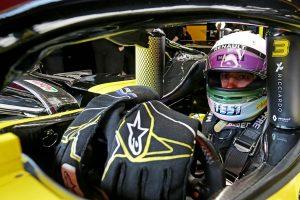 F1 | テスト中の主なトラブルはたったの1度。盤石の信頼性を武器に開幕戦に臨むルノーF1/全チーム戦力分析(5)