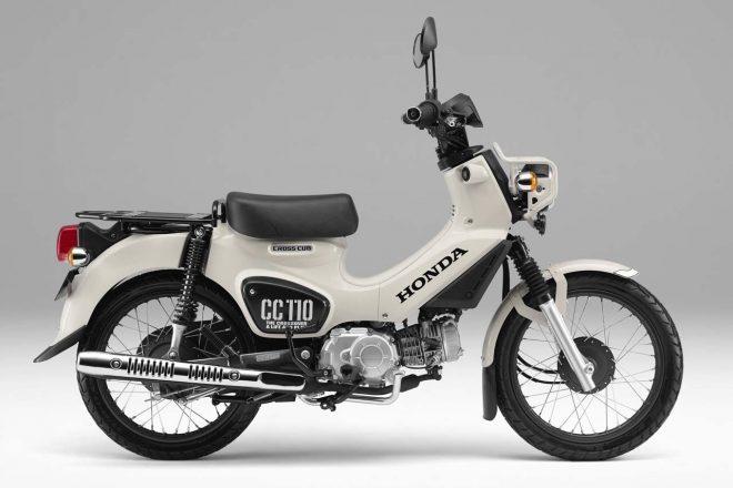 ホンダ・クロスカブ110(クラシカルホワイト)