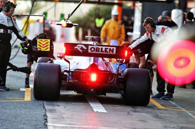 F1   スペイン人ライターのF1便り:プレシーズンテストで見えたトップ3チームと中団勢の実力差