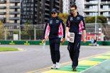 コースを下見するセルジオ・ペレス(レーシングポイントF1)