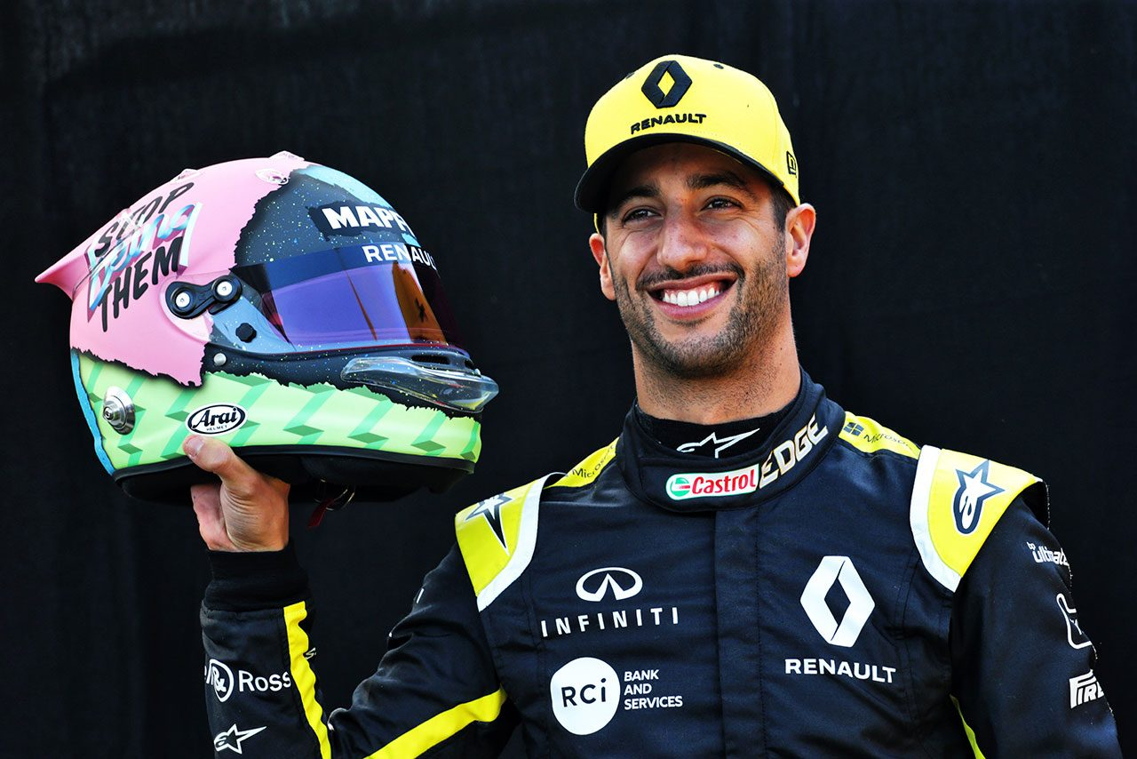 ダニエル・リカルド(ルノーF1)のヘルメット