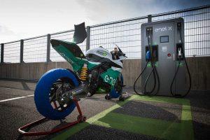 MotoGP | テスト中の火災で機材損失した電動バイクレース『MotoE』、2019年の新開催スケジュールを発表