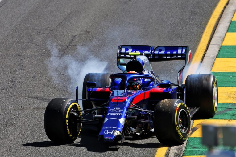 F1 | 【動画】トロロッソ・ホンダのアルボン、F1デビュー初日にクラッシュ
