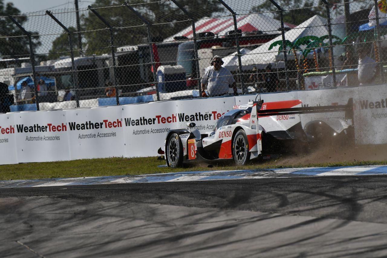 アロンソ「39秒台も可能だと思った」。トヨタ、WECセブリング新レコードでフロントロウ独占