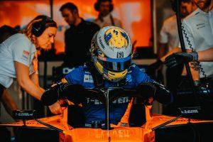 F1 | ノリスが初のF1予選で8番手「Q2進出が目標だったのに、ここまでやれるなんて!」:マクラーレン F1オーストラリアGP土曜