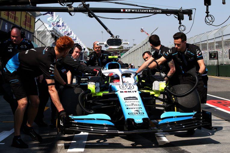 F1 | クビサがウォールにヒット「ばかなミスをして恥ずかしい」:ウイリアムズ F1オーストラリアGP土曜