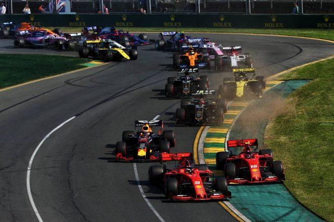 2019年F1開幕戦オーストラリアGP決勝日 セバスチャン・ベッテル、シャルル・ルクレールのバトル