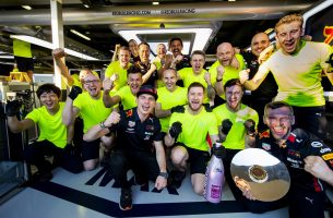 F1 | フェルスタッペン「ファステストラップも狙いたかったけど、それよりハミルトンを追い詰めようと思った」:レッドブル・ホンダ F1オーストラリアGP日曜