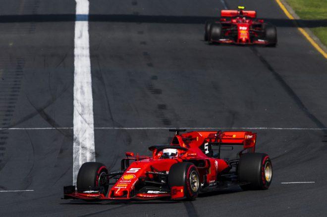 2019年F1第1戦オーストラリアGP セバスチャン・ベッテルとシャルル・ルクレール(フェラーリ)
