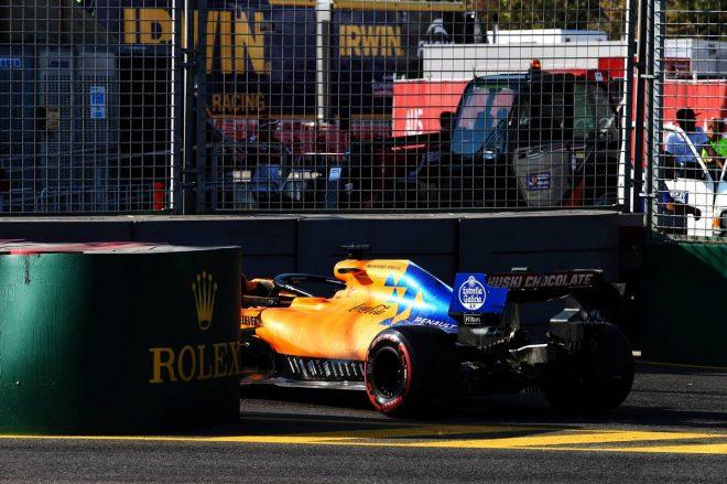F1   サインツ「早く忘れたい週末。本当に悔しいけど、これがF1だ」:マクラーレン F1オーストラリアGP日曜