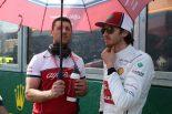 F1 | ジョビナッツィ「1周目にダメージを負って難しい状況だった」:アルファロメオ F1オーストラリアGP日曜