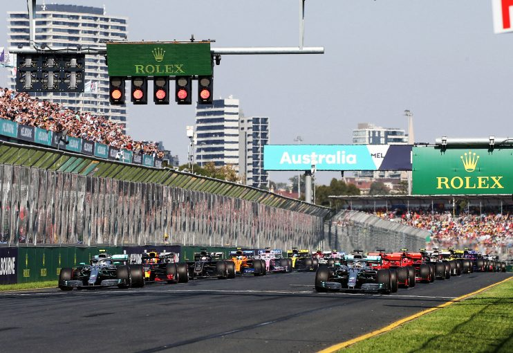 F1   2021年のF1新規則次第でコンストラクターが増える可能性も。「強い関心が示されている」とキャリー