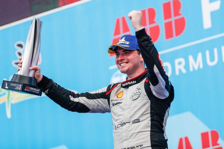海外レース他 | フォーミュラE第6戦三亜:ローランドが2位フィニッシュでニッサン初の表彰台、優勝はベルニュ