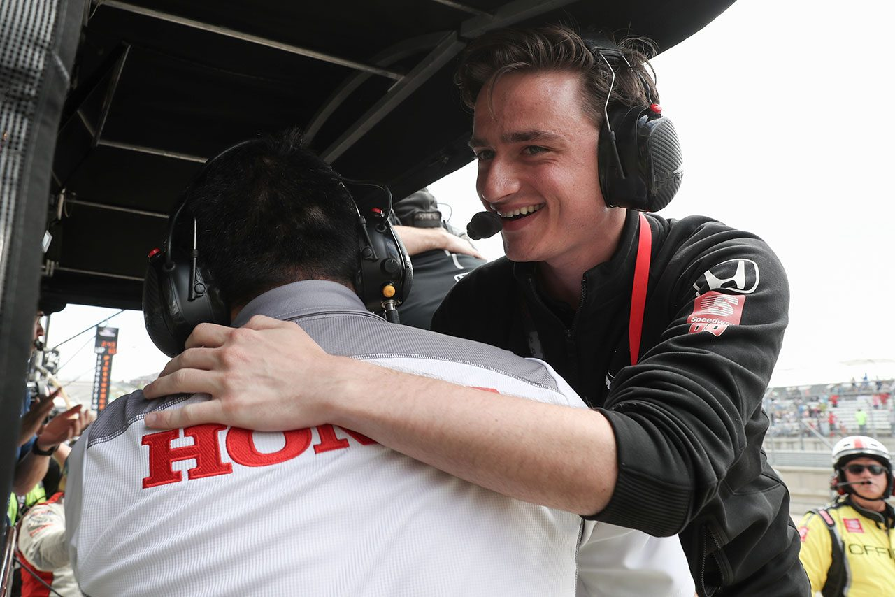 インディカー第2戦詳報:運も味方に18歳のハータが史上最年少で優勝。琢磨も実りあるレースに