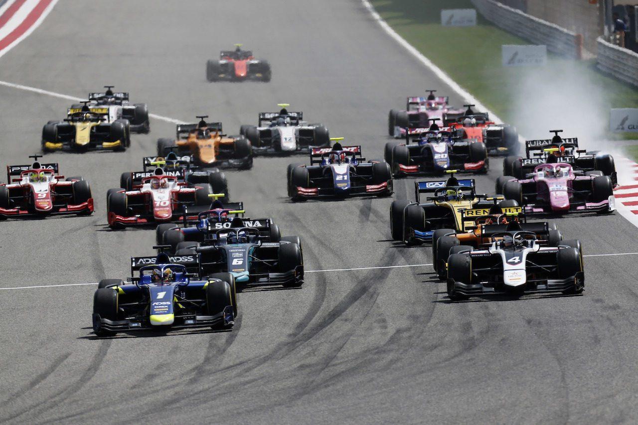 F2第1戦バーレーン レース1:ラティフィが開幕戦を制す。松下はポイントを死守