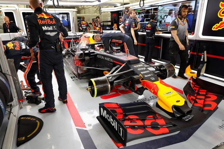 F1 | レッドブル・ホンダF1密着:トップとの差を痛感したバーレーンGP、ダブル入賞にも笑顔なし