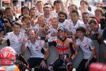 マルケス、MotoGアルゼンチンGPで追随許さぬ独走優勝。2位ロッシは12戦ぶりの表彰台返り咲き