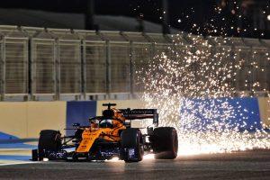 F1 | サインツ「かなりのポイントを獲れるチャンスだったのに、ひどい終わり方になった」マクラーレン バーレーンGP日曜