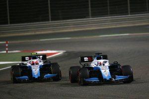 F1 | ラッセル「ロバートとのちょっとしたバトルでレースを楽しんだ」ウイリアムズ バーレーンGP日曜