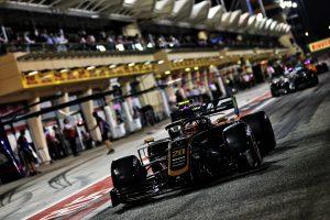 F1 | ハースF1、バーレーンGPでの失速に困惑。「お手上げの状態だった」とマグヌッセン