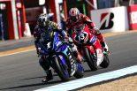 MotoGP | ヤマハ中須賀がホンダ高橋巧の追撃から逃げ切りレース1を制す/全日本ロード開幕戦もてぎ