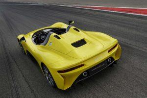 インフォメーション | 鈴鹿2&4にダラーラ初のロードカー『ストラダーレ』登場。元全日本F3000王者のデモランも