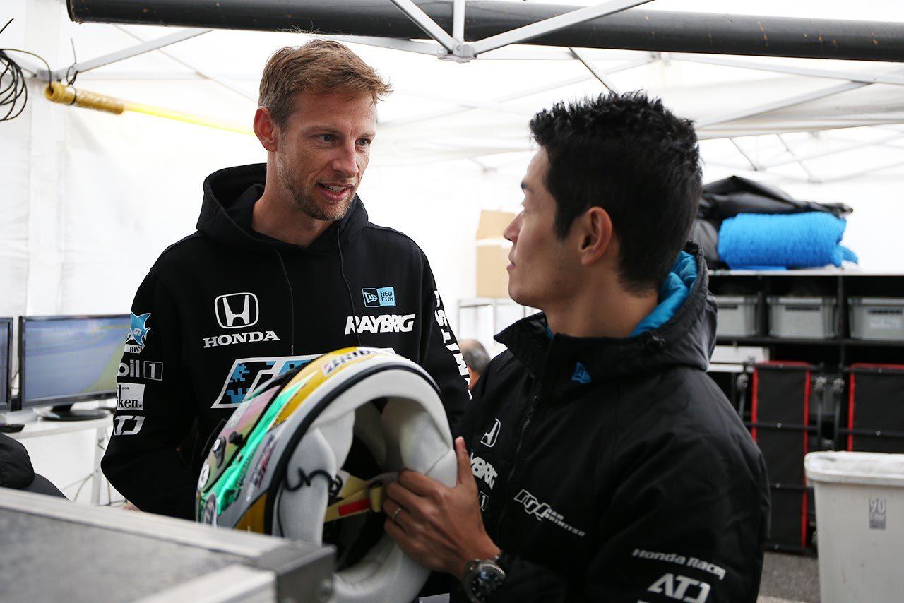 RAYBRIG NSX-GTをドライブするジェンソン・バトンと山本尚貴/2019スーパーGT第1戦岡山