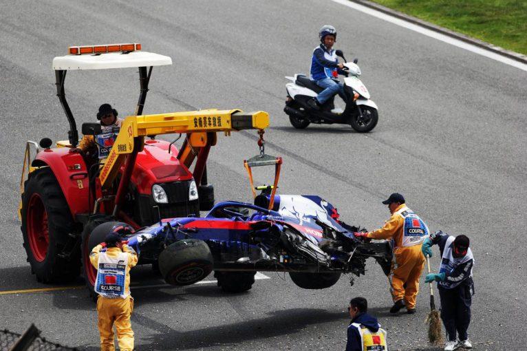 F1 | トロロッソ・ホンダのアルボンが大クラッシュ。トップタイムはボッタス【タイム結果】F1第3戦中国GP フリー走行3回目