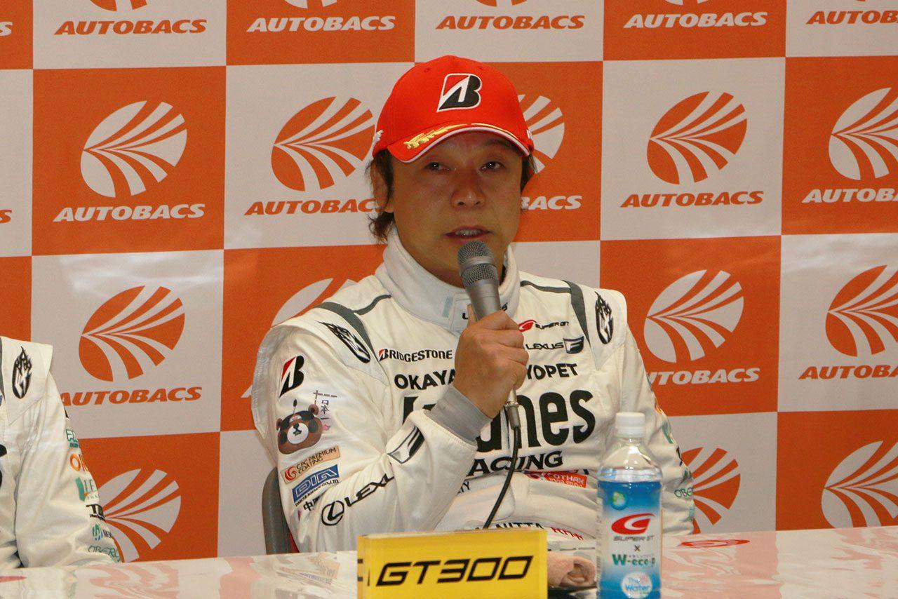 K-tunes新田守男「集中力を切らさないでいるのを意識した」/GT300優勝会見