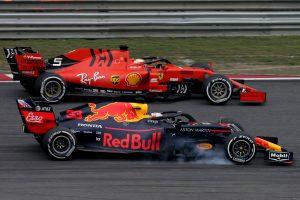 F1 | 2019年F1第3戦中国GP マックス・フェルスタッペン(レッドブル・ホンダ)とセバスチャン・ベッテル(フェラーリ)がバトル