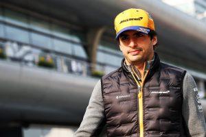 F1 | サインツ「ポイントを争える可能性はあったが、自分にはコントロールできない要因でレースが台無しに」マクラーレン F1中国GP日曜