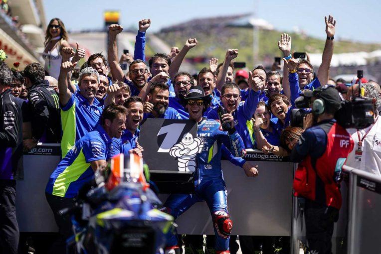 MotoGP | リンス、MotoGPアメリカズGPで7番手から優勝の躍進。チェッカーを受け「なんとも言えない感情に襲われた」